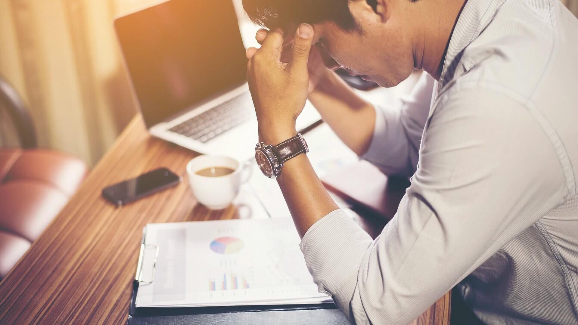 Nimm dir den Arbeitsstress nicht nach Hause. Wie kannst du Arbeit und Privatleben trennen?